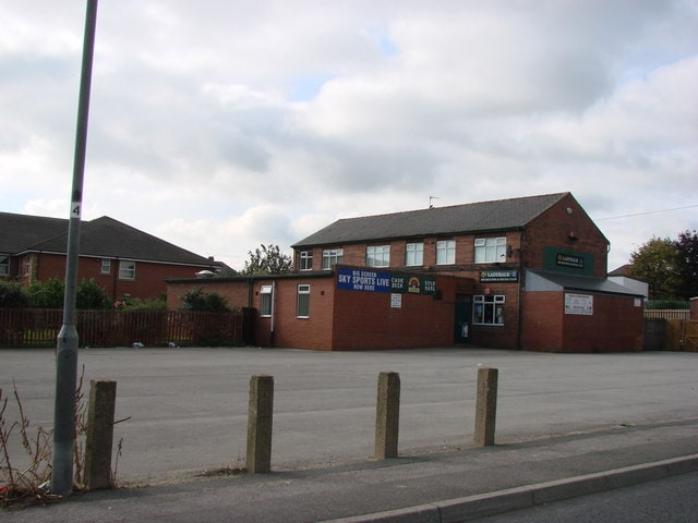 Ladybalk_Worlking_Mens_Club_Ladybalk_Lane_Pontefract._-_geograph.org_.uk_-_253528